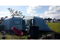 Vango tigris 800 used but still in great condition.