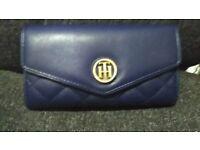 BNWT Tommy Hilfiger purse