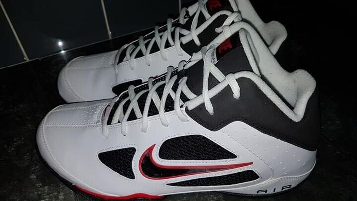 NIKE AIR FLIGHT SHOWUP 2 MENS TRAINERS 488103 101 2011 NEW UK SIZE 10 | in Padgate, Cheshire | Gumtree