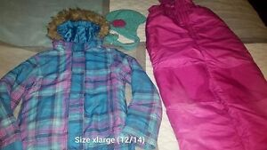 Girls (Size 12/14) Snowsuit with matching hat!