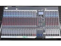 Peavey 32FX Mixing Desk with Flight Case