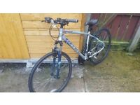 Carrera Crossfire 1 Hybrid Cycling Bike. New Condition. £200 ovno, Or Swap for 4x108 Alloy Wheels.