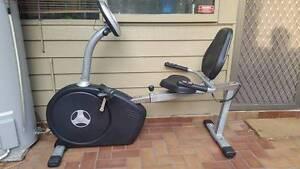 Recumbant exercise bike. Sit-down execise bike. Sylvania Sutherland Area Preview