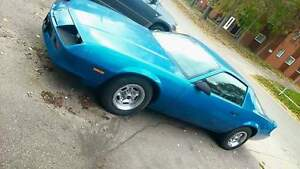 Blue 1987 Chev Camaro $1500 FIRM AS IS Cambridge Kitchener Area image 1