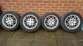 SET OF 4 FORD ALLOY WHEELS - REDUCED