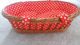 Dolls Wicker Carry Cot