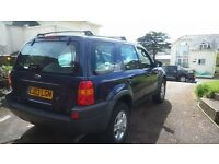 Ford Maverick Dark Blue 2967cc 4x4 5 Seats