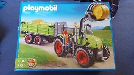 Playmobil tractor with hay bales 5121