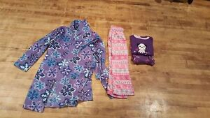 Housecoat, pj set and a pair of pants. Size 7