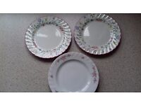 FREE !!! >>>>>>>>> 3 pretty side plates