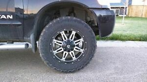"20"" x9 fuel hostage rims and toyo mt 33.5"" tire,tire pressure se"