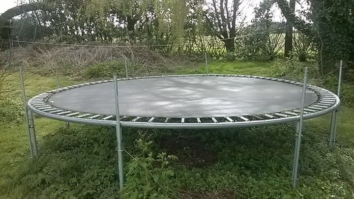 13ft Plum trampoline, great condition