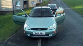 ford focus 1.6 mint condition full log book