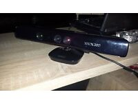XBOX 360 KINNECT SENSOR IN BLACK THE NEWER VERSION CHEAP!!!!!!!!