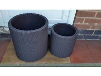 Pair of rattan effect planters