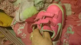 nikes 3.5 toddlers girls