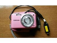 Samsung ES67 digital camera