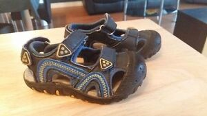 Toddler boy sport sandals size 6