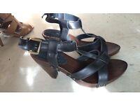 Black summer sandles/shoes. New.