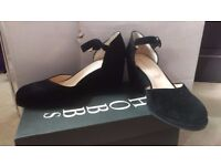 Ladies Italian Suede Ankle Strap Shoes from Hobbs. Size 6.