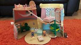 Fifi and The Flowertots House