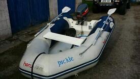 Honwave dinghy