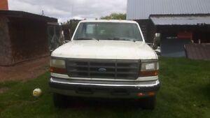 1994 Ford F-450 Pickup Truck