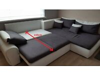 V.LARGE CORNER SOFA BED W/STORAGE