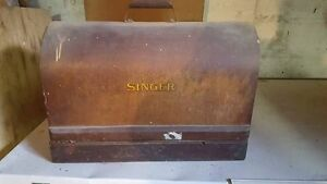 Old Antique Singer Sewing Machine with case