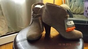 Denver Hayes Suede Ankle Boots