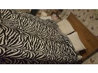 King Size Bed Frame NO SLATS