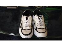 Size 11 boys trainers