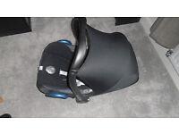 Maxicosi car seat ( suitabe from newborn)
