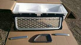 Land rover front grill brand new in box rrp £120