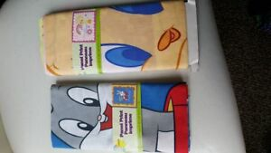 2 brand new in packaging 100% cotton fabric - Disney Cartoon