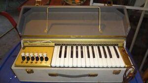 Vintage Companion portable organ