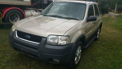 2001 FORD ESCAPE XLT AUTOMATIC 4X4 WAGON SELL AS IS WHERE IS. 2 N