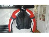 Motorbike jacket (leather)