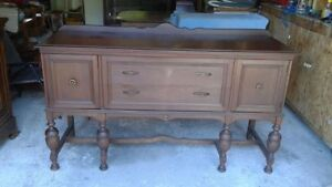 Solid wood sideboard in very good condition