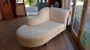 Beautiful Beige Chase Couch Cremorne North Sydney Area Preview