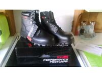 New/Boxed Men's Steel Toe Work Boots Size 10