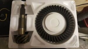 Yukon Gear 4.56 Ring and Pinion for HP D44