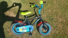 """10"""" boys bike"""