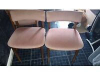 4 chairs £5