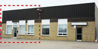 Great frontage- Office/Warehouse with fenced compound