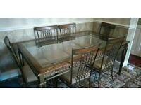 Large 6 seater dining table !!bargain!!