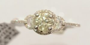 14k White Gold with 1ct Center diamond engagement ring
