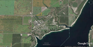 !WOW! 10 acres at lake Diefenbaker, brorders town of Elbow sk