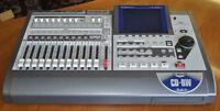 Roland VS1824CD COMME NEUF avec boite d'origine, Tous les templa