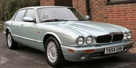 1999 JAGUAR XJ8 AUTOMATIC IN SEAFROST WITH MAGNOLIA LEATHER
